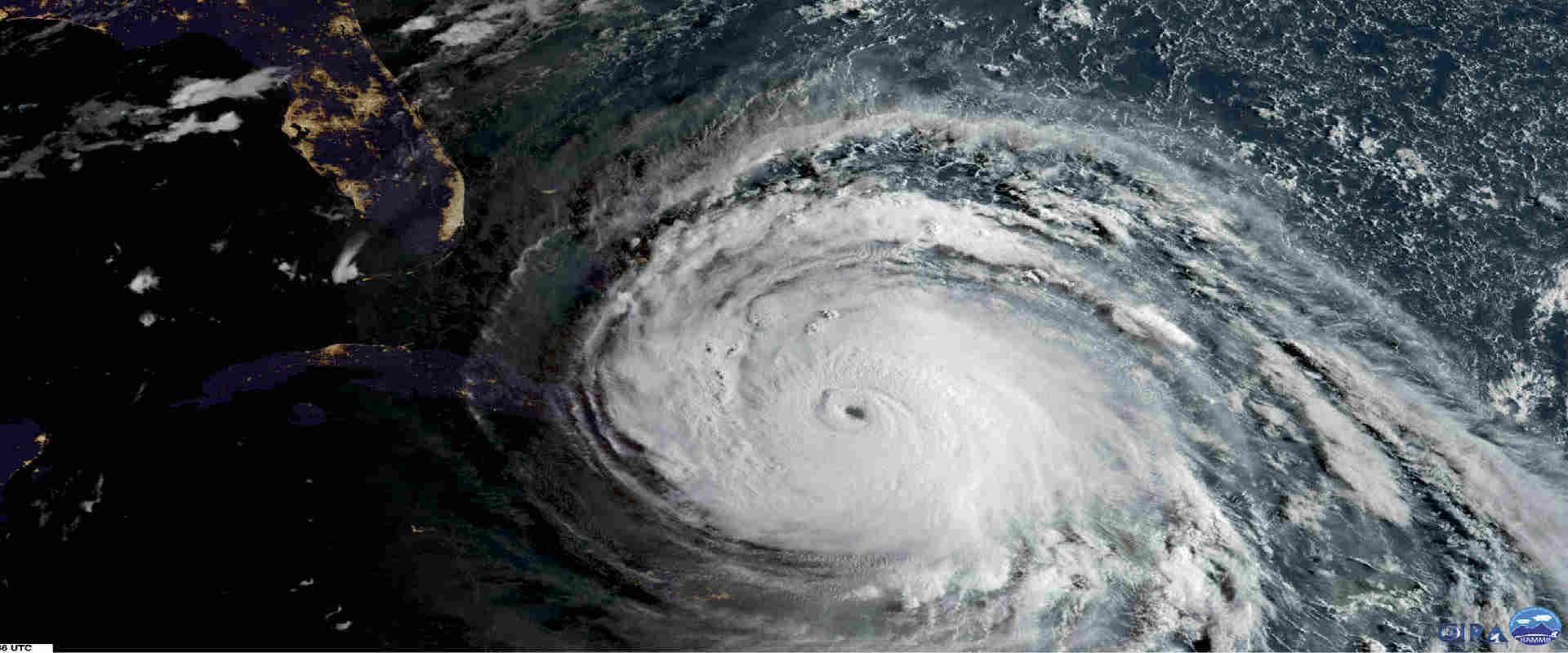 """הוריקן """"אירמה""""הרשויות הורו למעל 5.6 מיליון תושבים"""