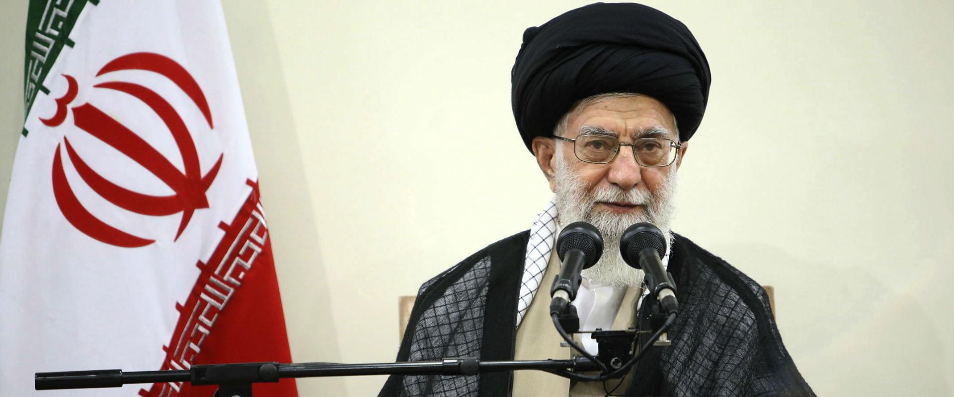 המנהיג העליון של איראן, אייתולה עלי חמינאי